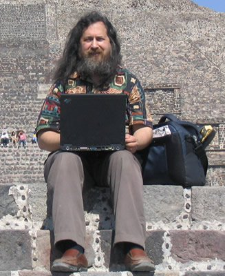 richard_stallman_laptop_3